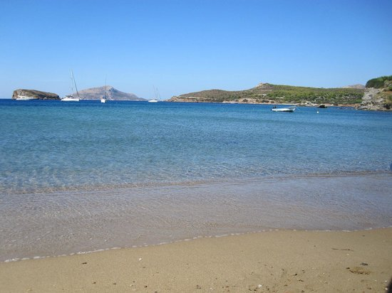 Aegeon Beach Hotel: Beach area