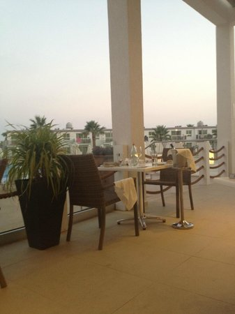 Sunprime Ayia Napa Suites: nice place to eat all meals