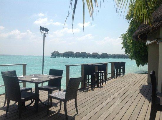 Club Med Kani: belle terrasse pour l'apéro non ?