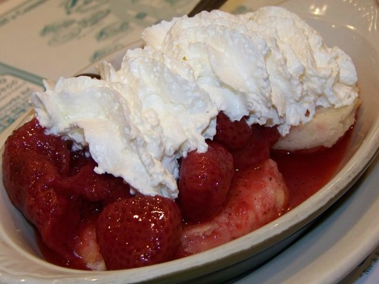 Route 104 Diner: Strawberry Shortcake