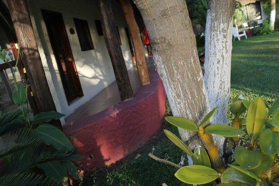 Hotel Maya Inn: Hallway