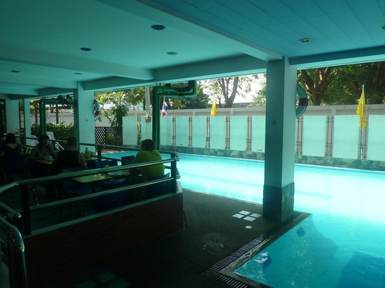 New Siam Guest House II: Pool