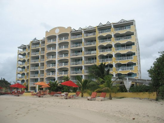 Ocean Two Resort & Residences: beach