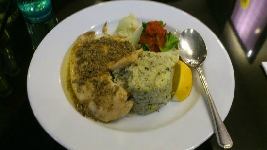 Billy Bombers @ The Central : Grilled Red Snapper with Flavored Rice