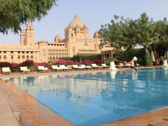 Umaid Bhawan Palace Jodhpur: Blick vom Pool
