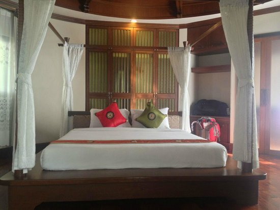 Golden Beach Resort: Bed