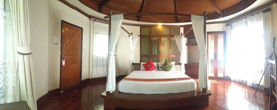 Golden Beach Resort: Main room