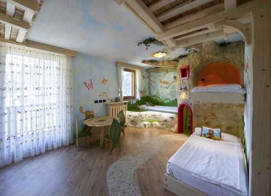 Family Hotel La Grotta: suite Scoiattolo bimbi