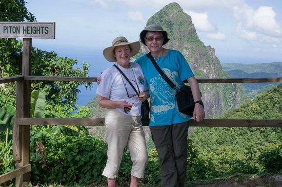 Tet Paul Nature Trail: Petit Piton viewpoint