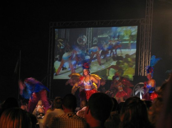 Presidential Suites A Lifestyle Holidays Vacation Resort: Welcome Party Show