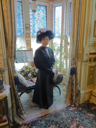 The Frederick Stegmaier Mansion: stunning Ladies' Parlor
