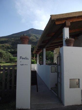 Pardes Wine Bar