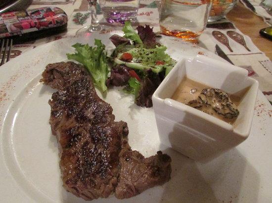Restaurant 1789 : faux steak with mushrooms ... scrummy!