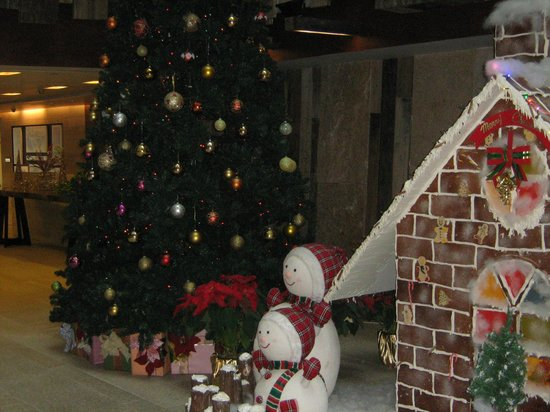 The Salisbury-YMCA of Hong Kong: Christmas Decoration in the Lobby