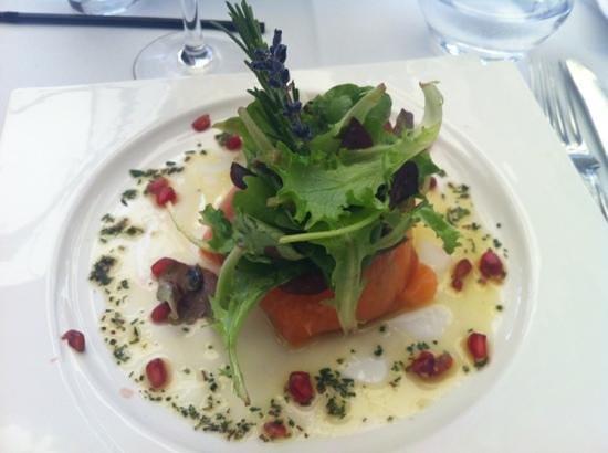 La Brasserie de La Mediterranee: entrée au saumon