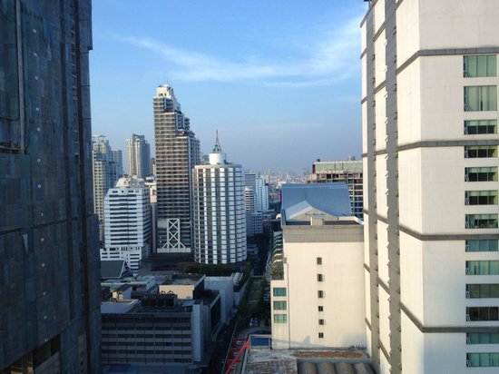 Sofitel Bangkok Sukhumvit: View from Luxury Club Millesime Room 2119