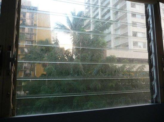 Stay Hotel Waikiki: window