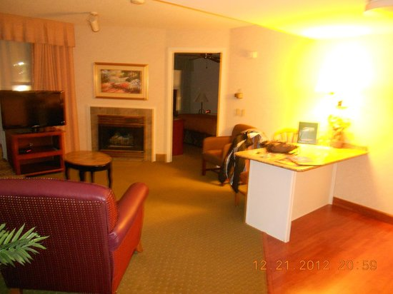 Homewood Suites by Hilton Harrisburg-West Hershey Area: Living room