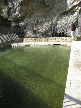 Hostal El Volante: Manantial de Agua Salada