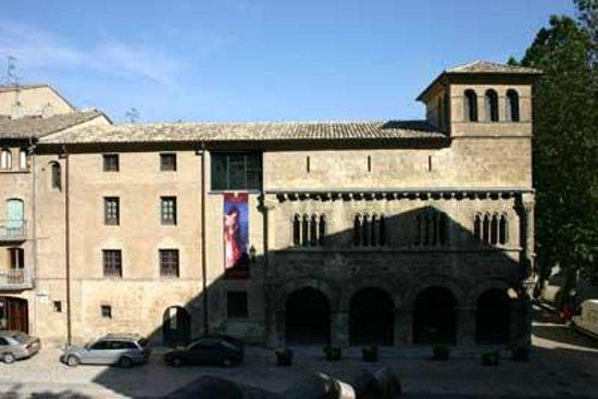 Hostal El Volante: Palacio de los Reyes de Navarra/ Estella