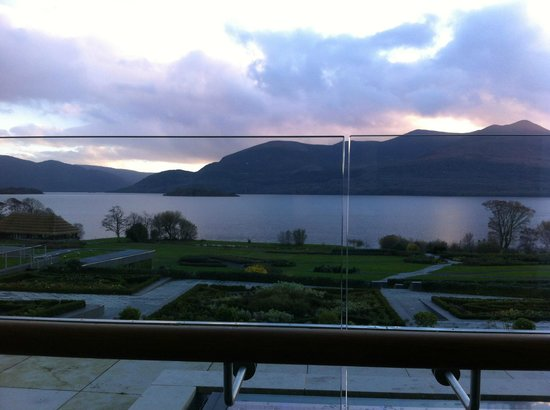 The Europe Hotel & Resort: Spectacular view of mountains and lake from the room