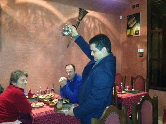 Restaurant Marrakech: the waiter is pouring the Moroccan tea :)