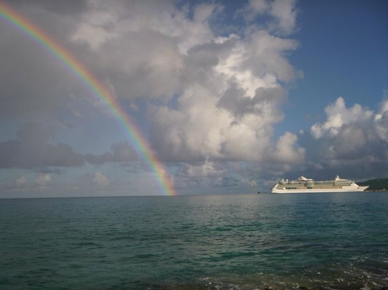 Cottages By The Sea: Cruise ship and rainbow from our patio