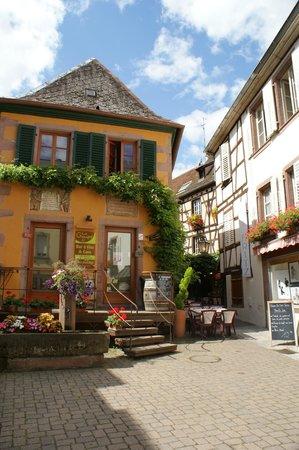 Route des vins d'Alsace: ribeauville