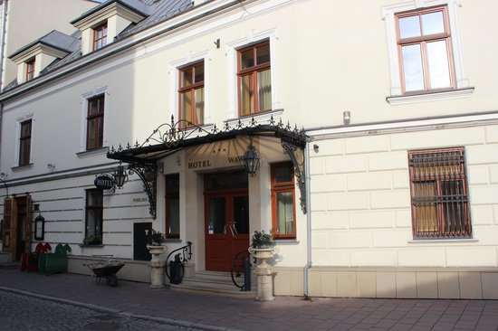Wawel Hotel: The front of the hotel