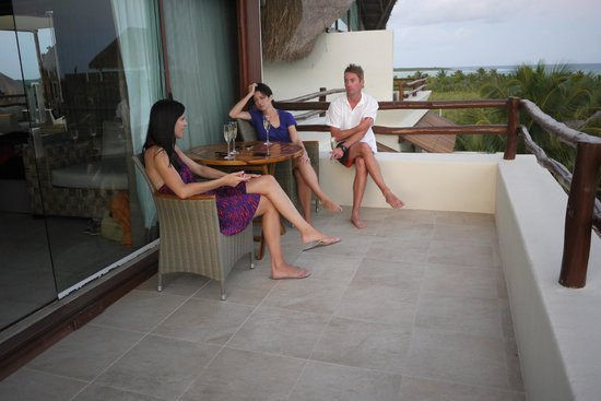 Hotel Jashita: We had some friends stop by for drinks on our terrace before dinner