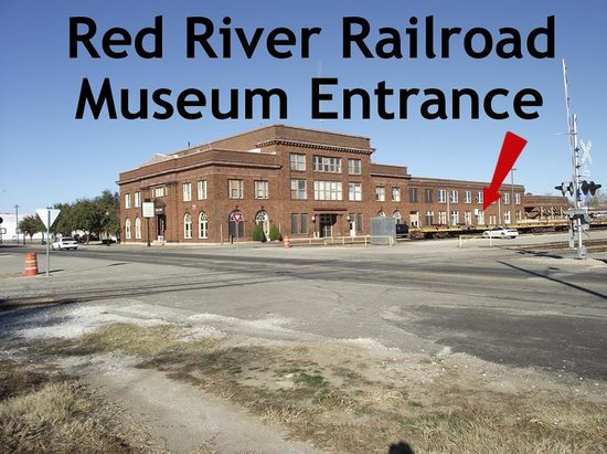 Red River Railroad Museum: Enter museum on trackside of the Katy Depot