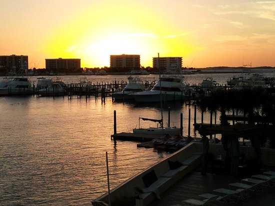 Inn on Destin Harbor: Sunset view from balcony.