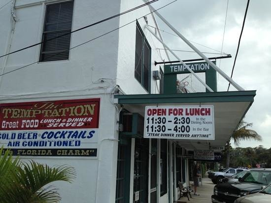 Temptation Restaurant, Bar & Package : Exterior