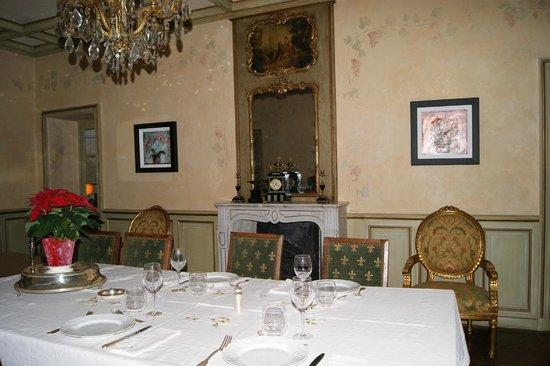 Domaine De La Brugere : salle à manger