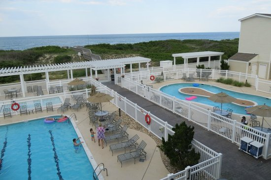 Hampton Inn & Suites Outer Banks/ Corolla: Outdoor pool and lazy river