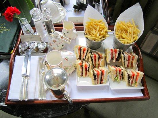 Egerton House Hotel: feeling peckish?