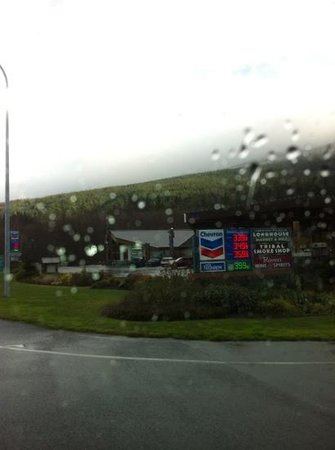Longhouse Market and Deli: not a great picture but it was raining.