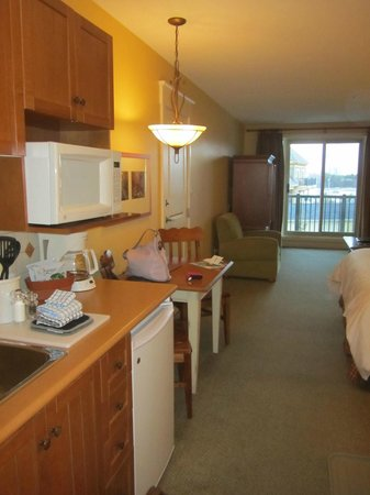 Seasons at Blue - Blue Mountain Resort: small kitchenette & dining table that doubled as dresser