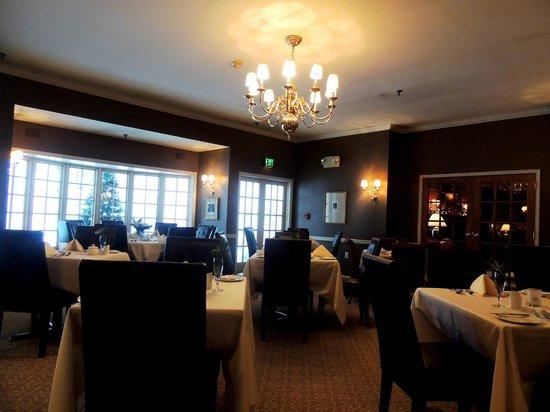 كارنيجي إن آند سبا: Dining room