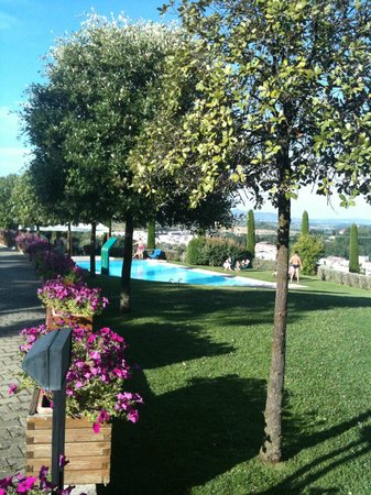 Sangallo Park Hotel: A vista da piscina é privilegiada.