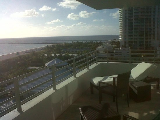 Hilton Bentley Miami/South Beach: View from balcony