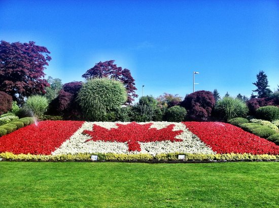 Peace Arch State Park: Welcome to Canada!
