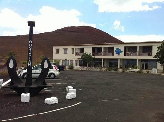 Obsidian Hotel