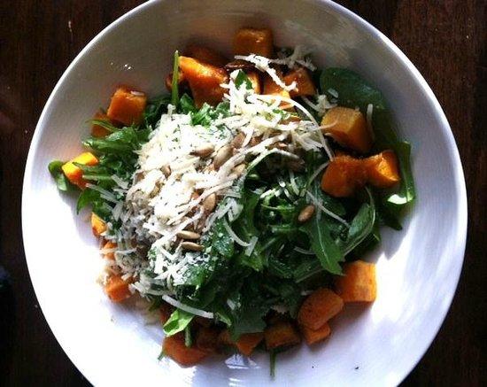 Whip Bar & Grill : Roasted Squash Salad
