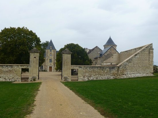 Loire Valley Retreat - Chateau de Charge: Grounds