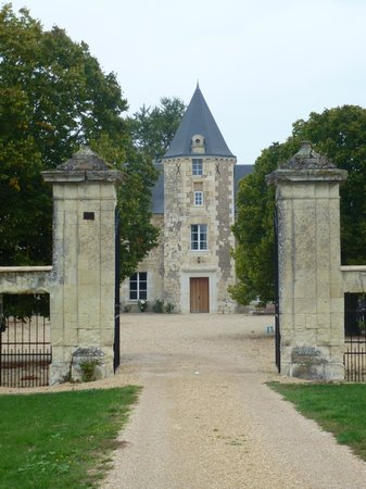 Loire Valley Retreat: Grounds