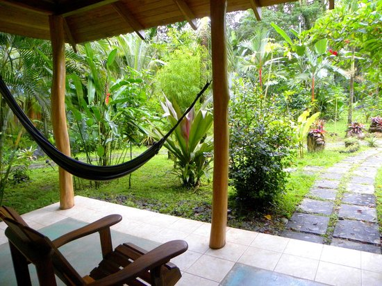 El Nido Cabinas: Relaxing hangout even in the rain