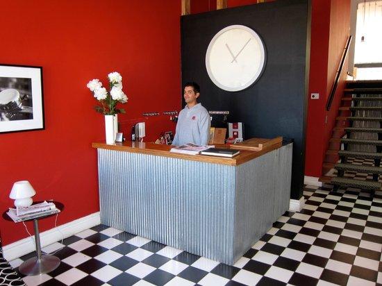Ultramar Hotel: Reception