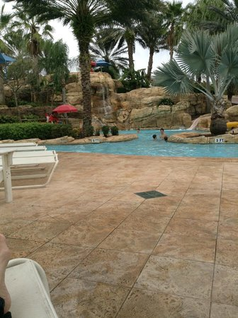 Reunion Resort of Orlando: lazy river and large water slide