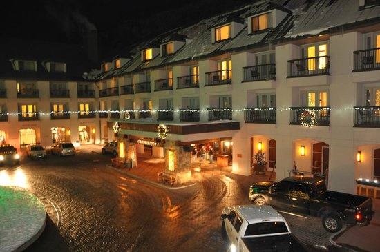 Hotel Talisa, Vail: View from room at night